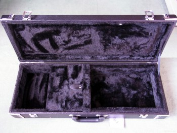 ウクレレハードケース UCT-300 内部