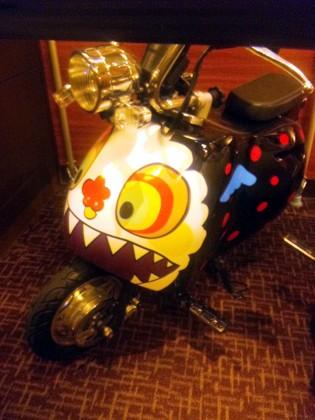 劇場版まどマギお菓子の魔女バイク