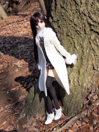 林の中の由綺ちゃん