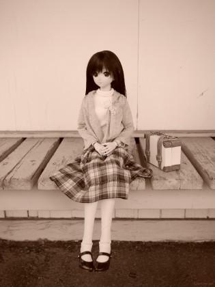 ベンチと由綺ちゃん