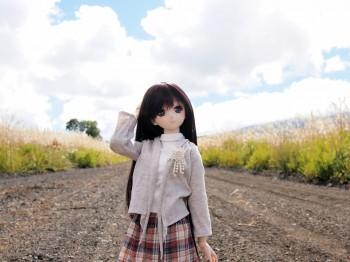 砂利道と由綺ちゃん